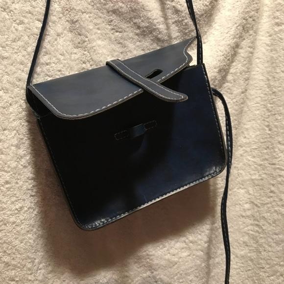 Handbags - 👜NWOT Mini shoulder bag👜